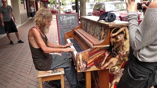 Homeless guy plays the piano