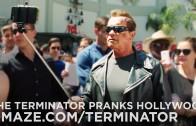 Arnold Schwarzenegger pranks fans